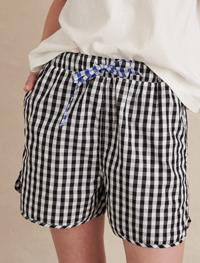clothing-bottoms-shorts